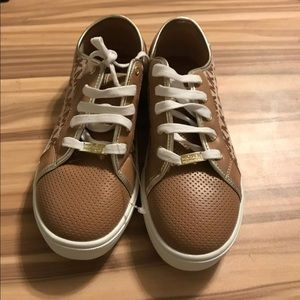 Micheal Kors shoes for women's